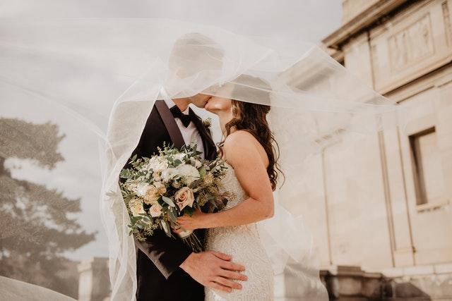 Welches Kleid zur Hochzeit